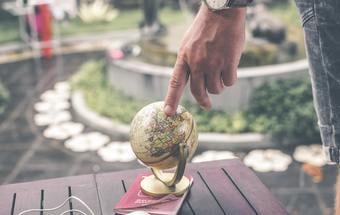 海外(越境EC)と国内WEBマーケティングの7つの違いを徹底解説