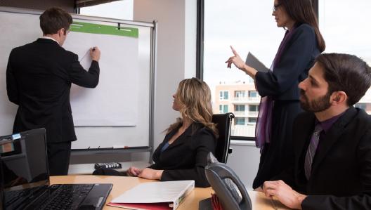 コンペ用の提案資料作成時に注意すべきこと|広告代理店の日々の業務を紹介